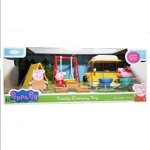 PEPPA PIG FAMILY CAMPING TRIP 7 PIECE SET